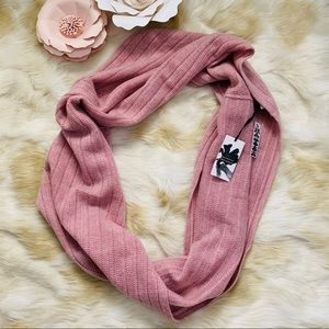 HALOGEN 100% cashmere infinity scarf pink NWT